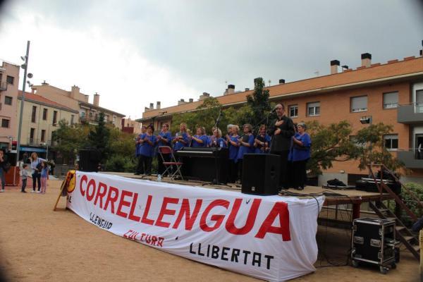 20151003 Correllengua Castellar del Vallès 021 Coral Xiribec